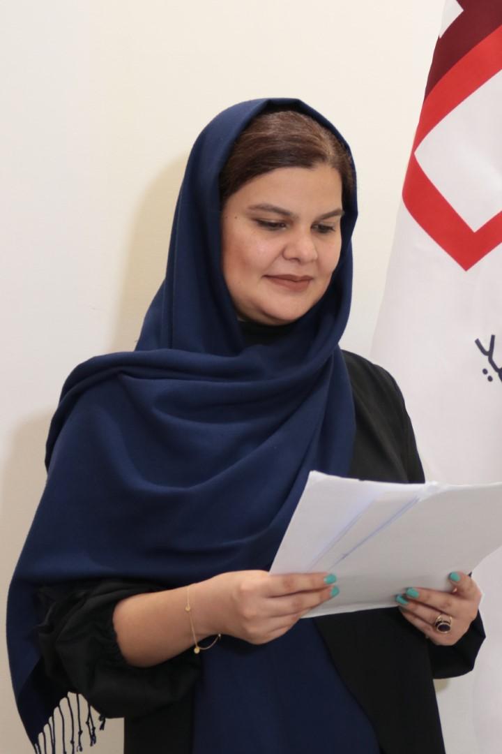منا کرامتی