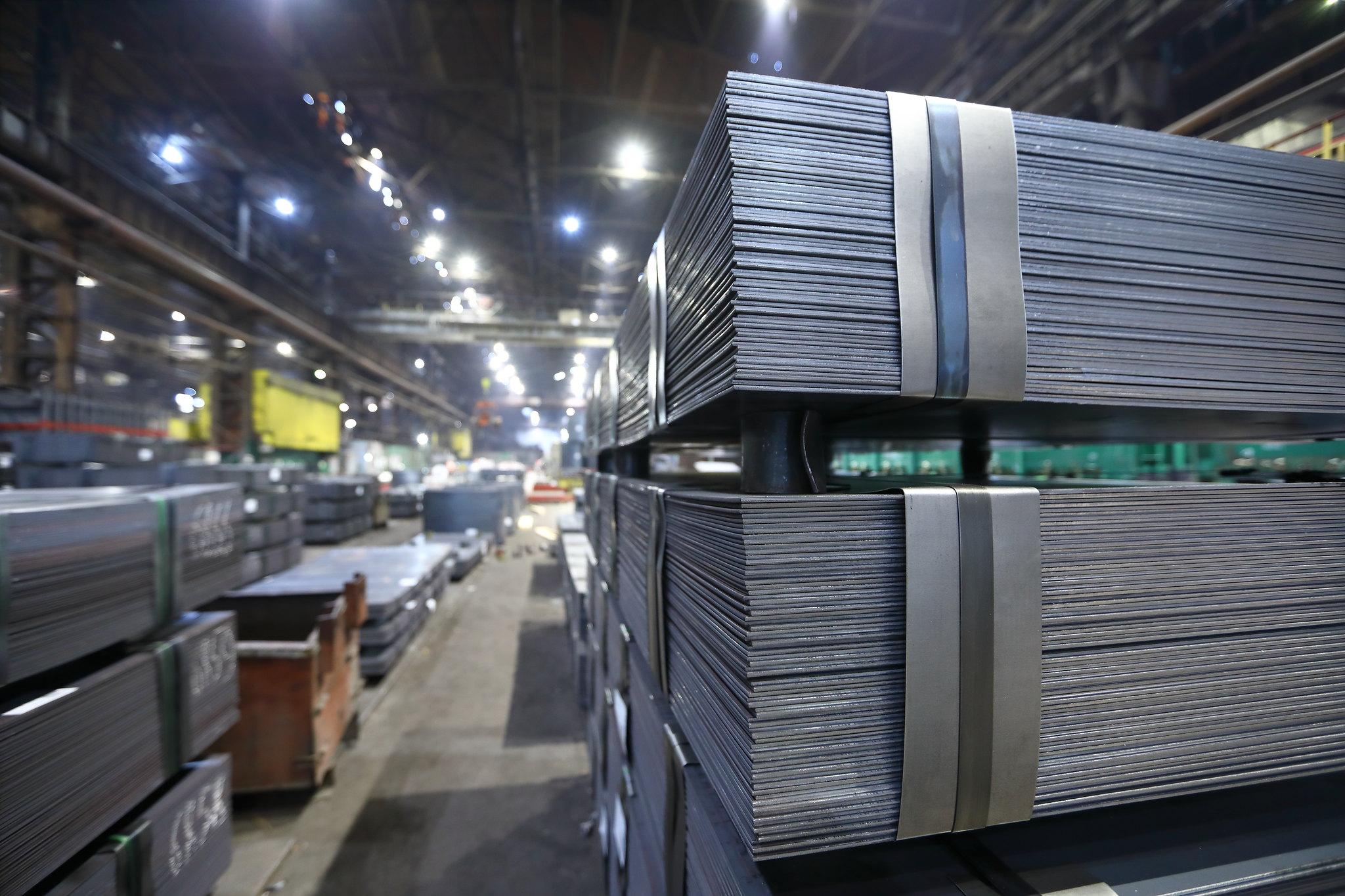نمایی از ورق صنعتی فولادی